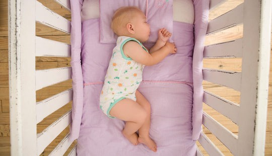 Sueños felices y seguros para los bebés