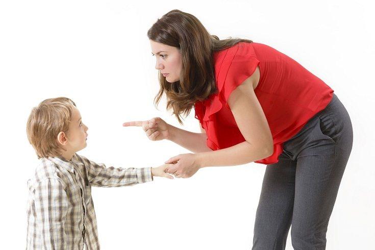 Siéntate y habla con tu hijo cuando las cosas estén tranquilas