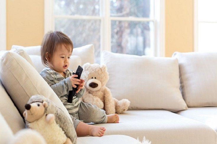 Para muchos padres el tiempo de pantalla que pasan sus hijos se siente como que algo están haciendo mal