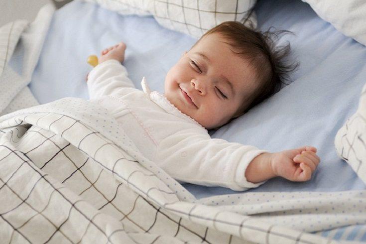 Mientras los niños duermen y descansan de una manera plácida, aumenta la secreción de la hormona del crecimiento