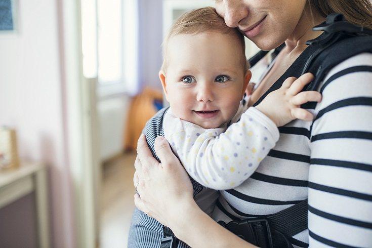 Nadie pone en duda la importancia que tiene el contacto físico entre padres y bebés