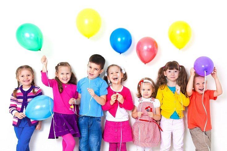 No hay nada como una fiesta de arte para añadir un toque de color al día de cualquier niño