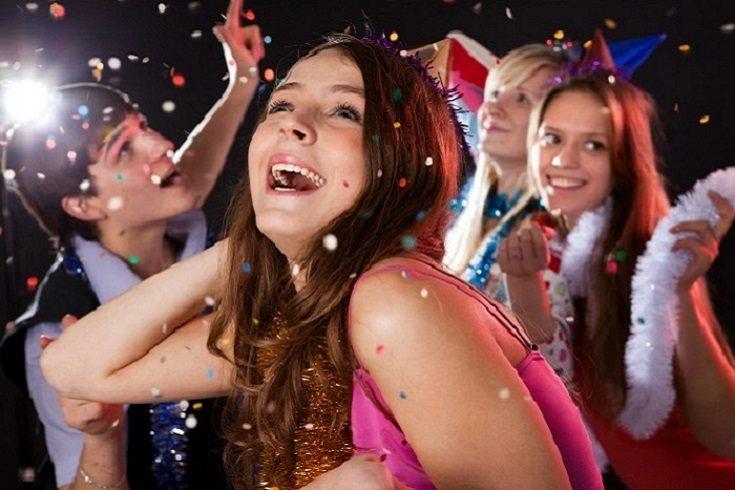 Una fiesta de pubertad en niñas es la celebración del inicio de la menstruación