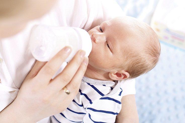 Se trata de un problema dental que consiste en la destrucción de los dientes de leche del niño