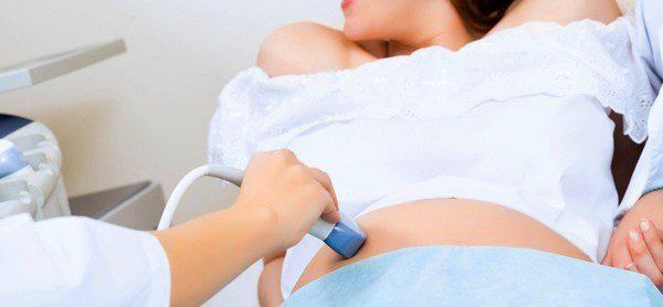 Es importante acudir a revisiones para controlar el embarazo
