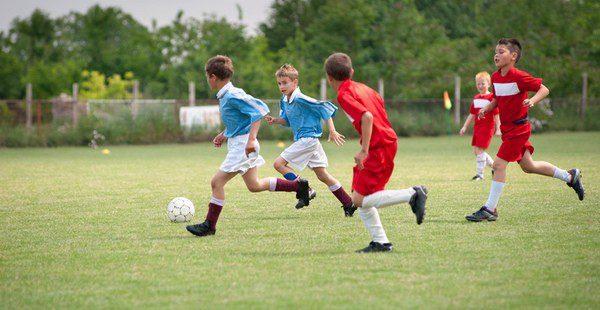 El fútbol fomenta el compañerismo