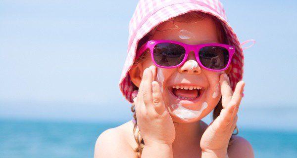 La protección solar es básica pues la piel infantil es más sensible
