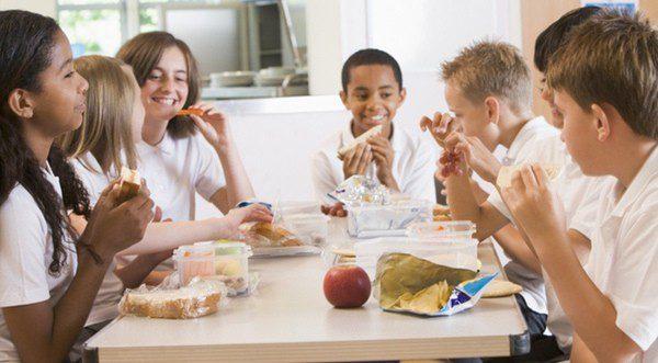 El comedor escolar, un gasto a tener muy en cuenta