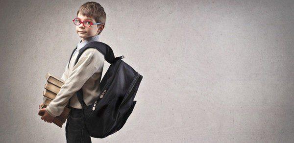 El peso de la mochila influye en la salud de tu hijo