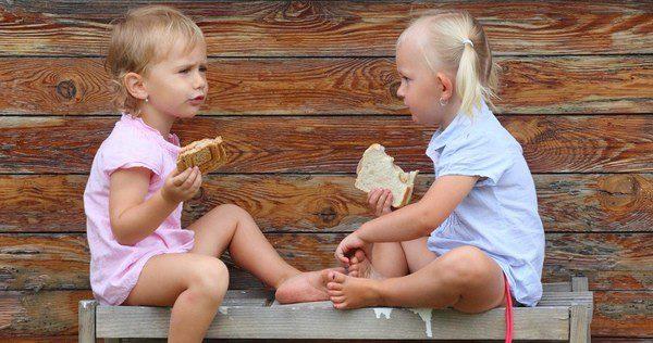 Se puede acordar con los niños qué es lo que quieren comer