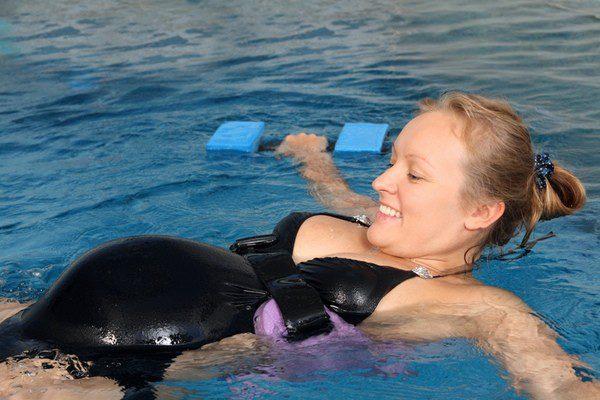 La natación tiene beneficios físicos pero también psicológicos