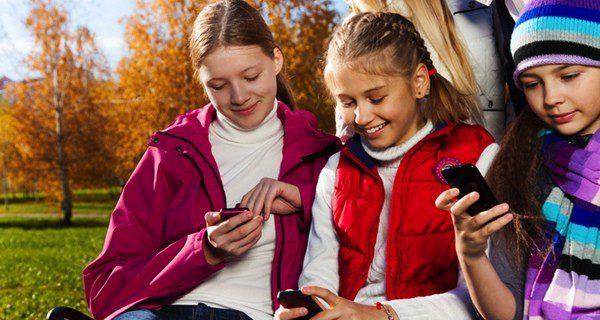 Más de la mitad de los jóvenes en España utilizan Whatsapp