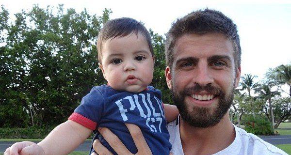 Piqué celebró su primer Día del Padre en 2013, tras el nacimiento de Milan en enero de ese año
