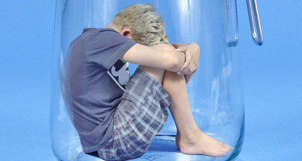 Felicita a tu hijo por sus progresos y evita su aislamiento