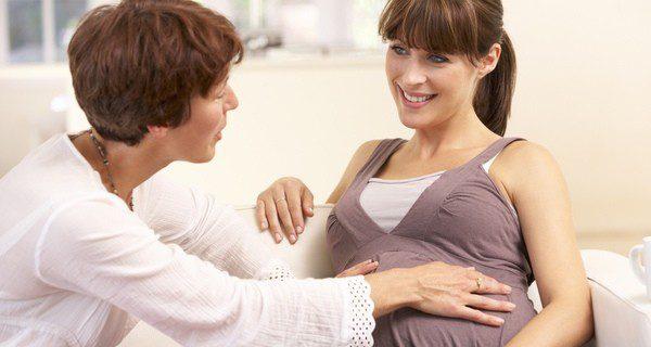 ¿Qué riesgos tiene una mujer de 35 años embarazada?