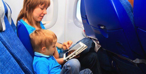 Cuida que tu bebé no moleste al resto de pasajeros