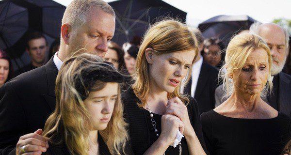 Tras la muerte de un hijo se pasa por cinco etapas diferentes de duelo