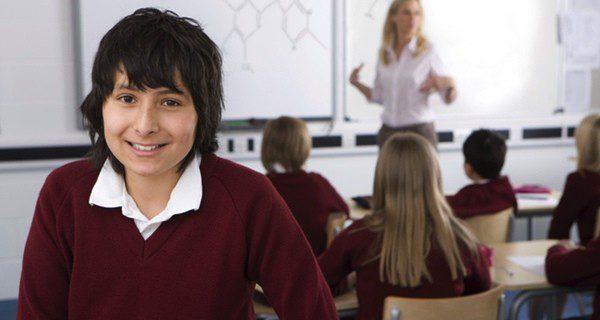¿Es mejor llevar uniforme escolar?