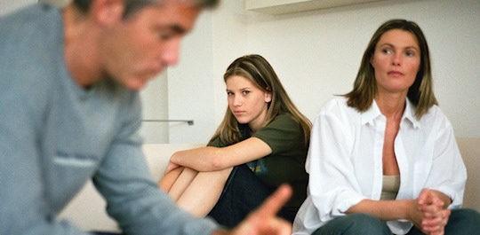 Comunicación entre padres e hijos adolescentes