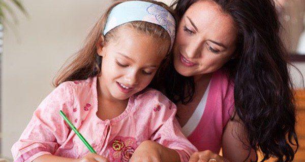Dedicatorias para felicitar el Día de la Madre - Bekia Padres