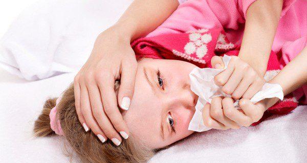 La difteria afecta principalmente a las vías respiratorias, pero puede llegar al corazón