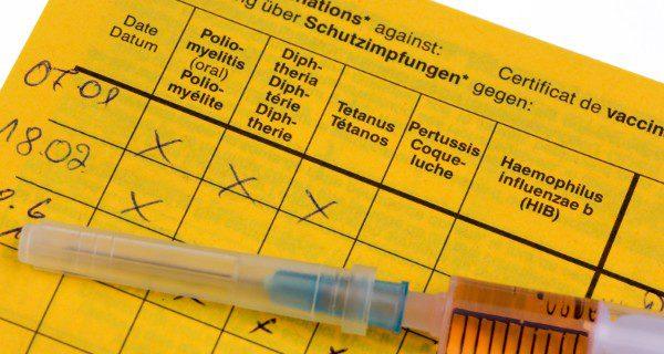 La vacuna de la difteria en España se debe administrar en 6 ocasiones