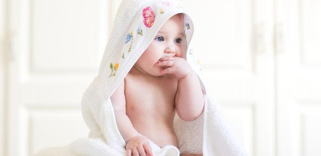 La piel del bebé es delicada, así que tenemos que secarle con cuidado