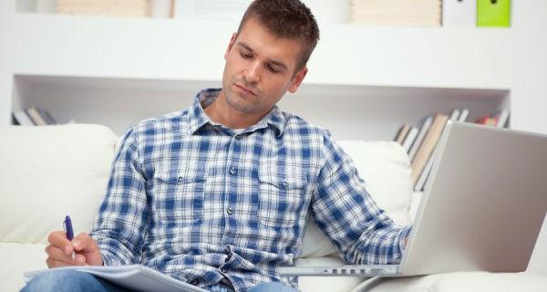 Estudiar a distancia requiere constancia y ser responsable en el cumplimiento de las tareas