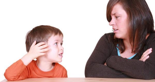 La tartamudez es uno de los trastornos del habla que pueden detectarse en niños pequeños
