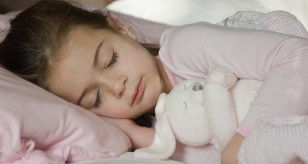 Practicar el colecho no impide que de más mayores los niños tengan su cama independiente