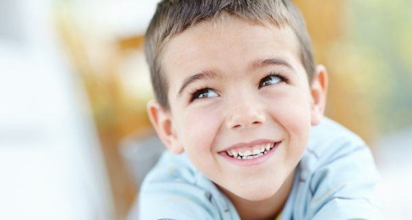Muchos niños pasan por un periodo de tartamudez que se corrige solo