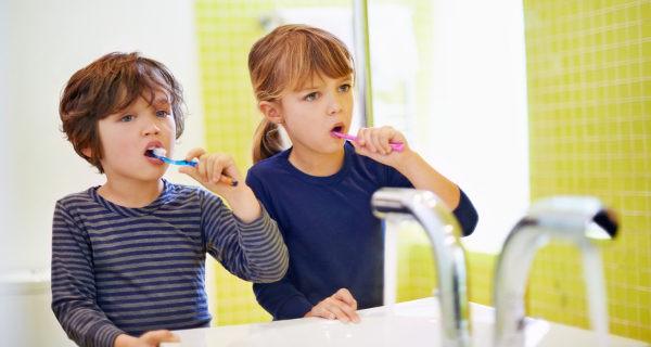 A partir de los 5 años los niños pueden lavarse los dientes de manera autónoma