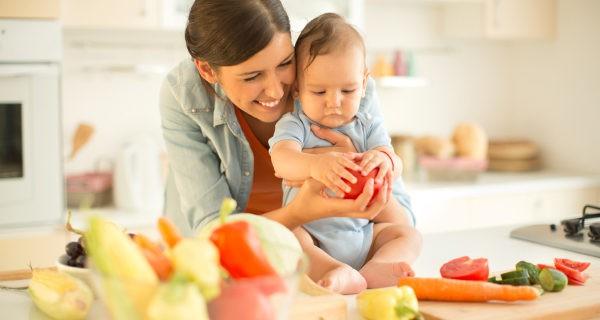 No debemos olvidar acompañar el ejercicio de una alimentación sana y equilibrada