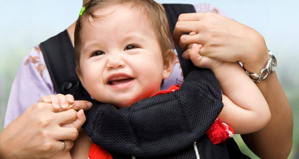 El portabebés nos ayuda a realizar muchas actividades de manera más cómoda junto al bebé