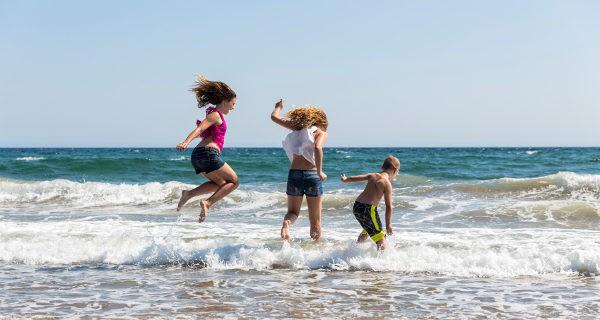 ¿Quién puede saltar más alto las olas?