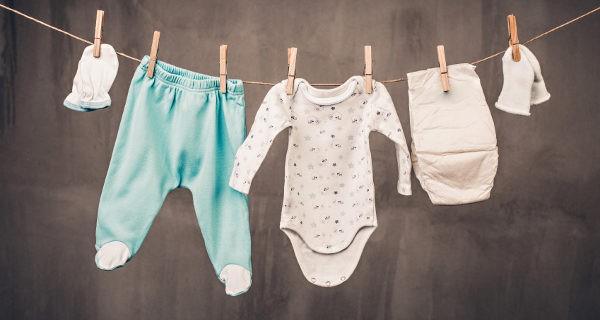 debo lavar la ropa del beb antes de usarla bekia padres. Black Bedroom Furniture Sets. Home Design Ideas
