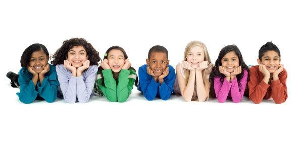 Niños de diferentes razas