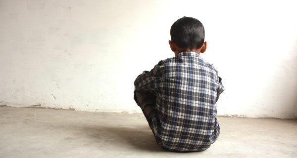 Niño víctima de violencia