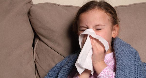 Niña resfriada