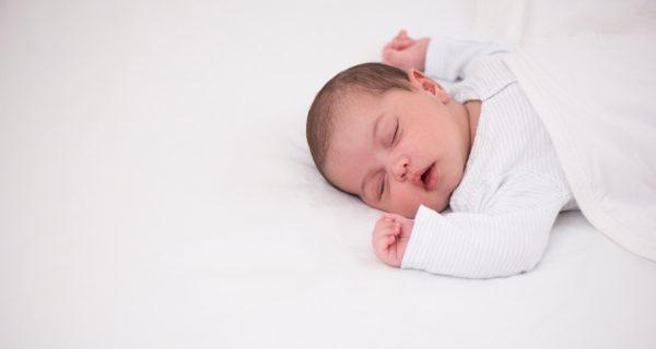 Es mejor que los bebés duerman boca arriba o boca abajo? - Bekia Padres