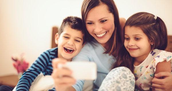 Pasa tiempo a solas con tus hijos para que no se vean desplazados