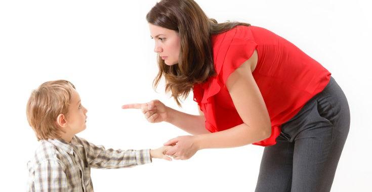 Muchas veces los niños no obedecen porque nuestra manera de pedirles las cosas no es la correcta