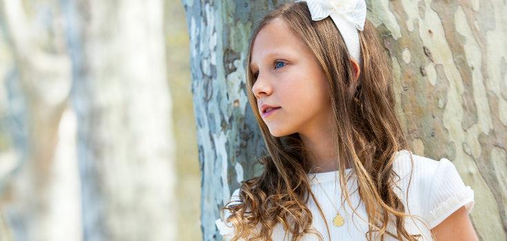 Los niños que hacen la comunión deben de haber realizado varios meses de catequesis