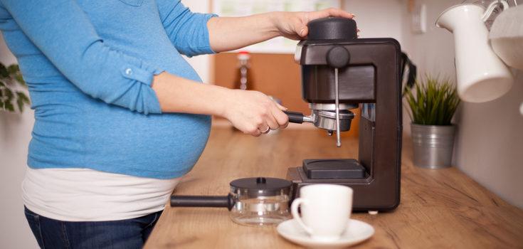 No tomes más de una taza de café o té diaria