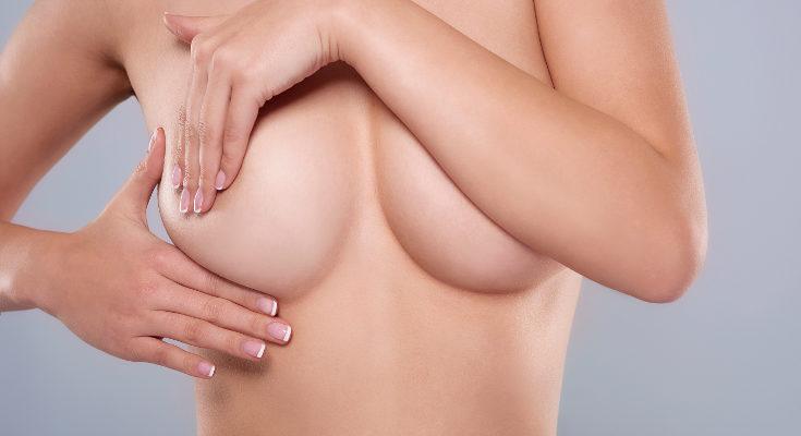 La propia leche nos puede ayudar a sanar las grietas o si aún no tenemos herida