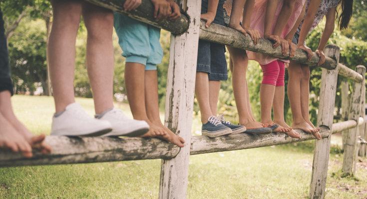 Procuraremos escoger opciones que no necesiten que los niños lleven calcetines