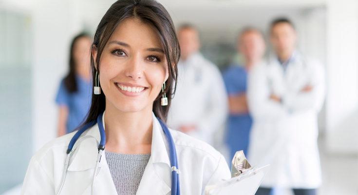 Ponte siempre en manos de médicos profesionales, y no pruebes métodos alternativos, pueden dañar tu salud