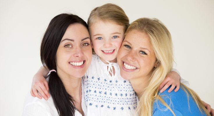Malcriar y sobreproteger a un hijo no es lo mismo