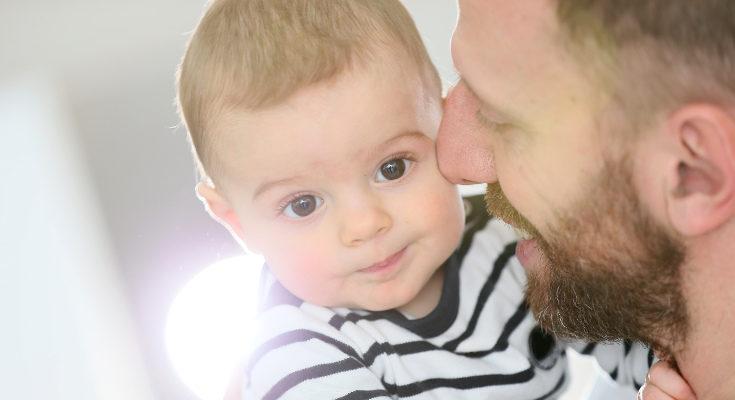 A los 8 meses podemos interactuar más con nuestro bebé que en etapas anteriores