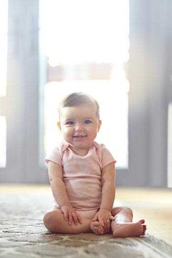 El bebé de 7 meses disfrutará estando sentado